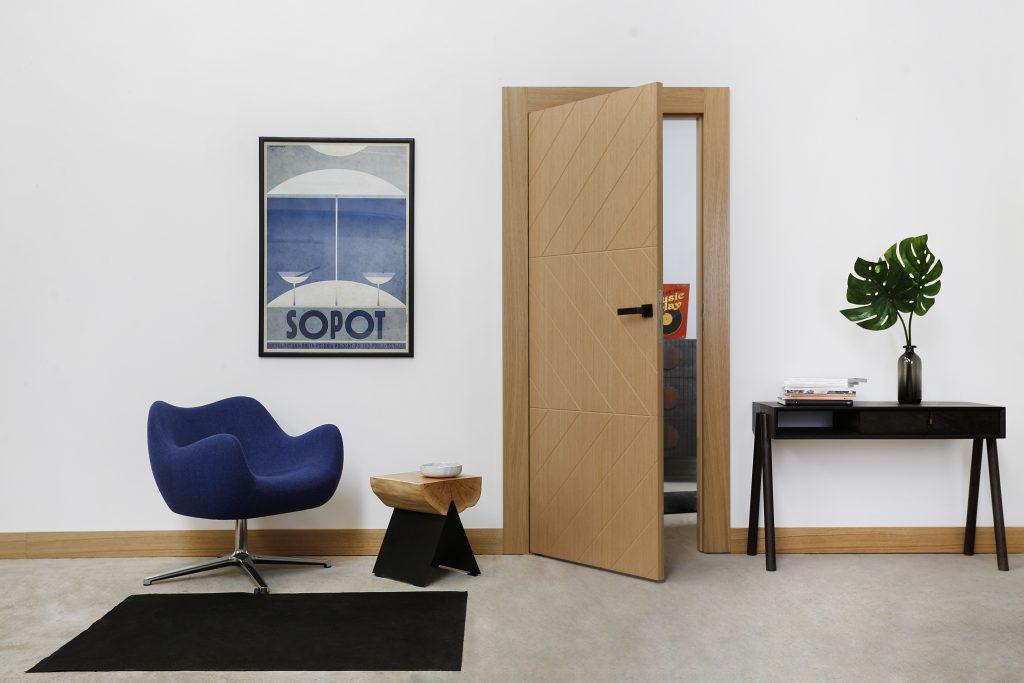 Drzwi ze wzorem w jodełkę - BARI 5