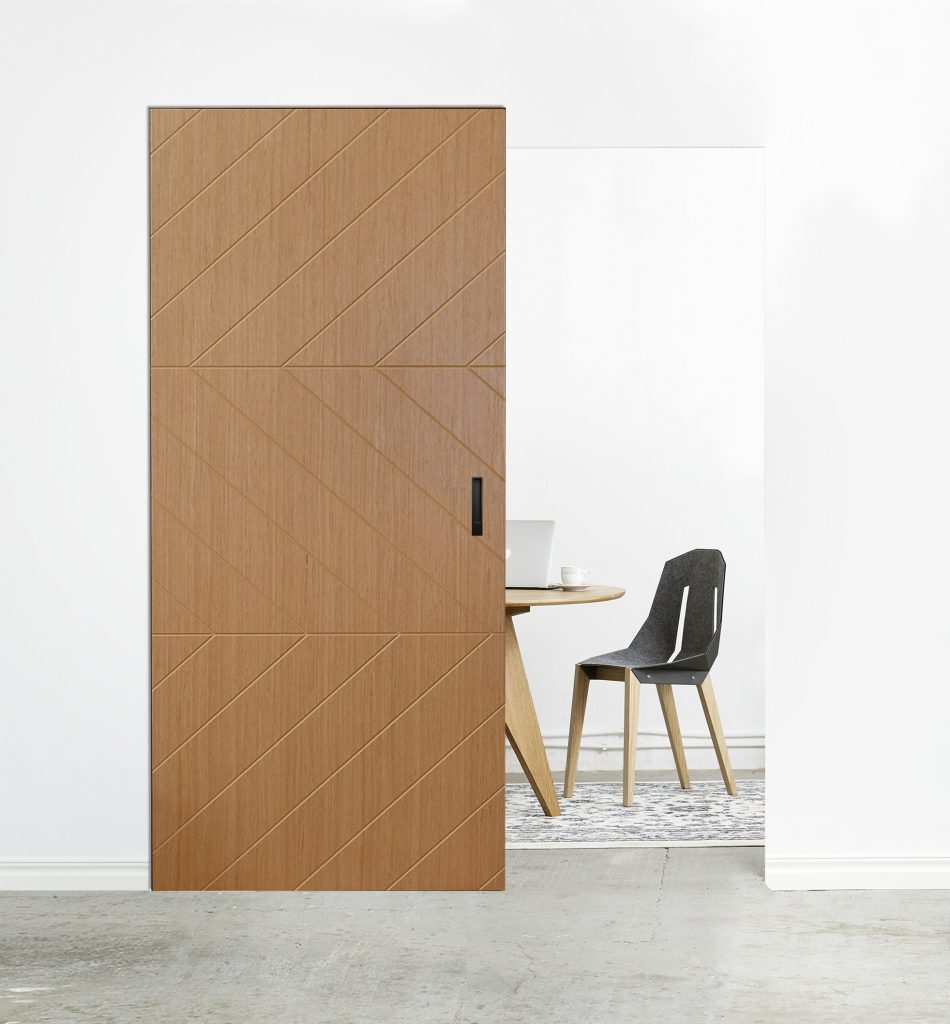 Drzwi przesuwne z system MAGIC i drzwiami BARI 5
