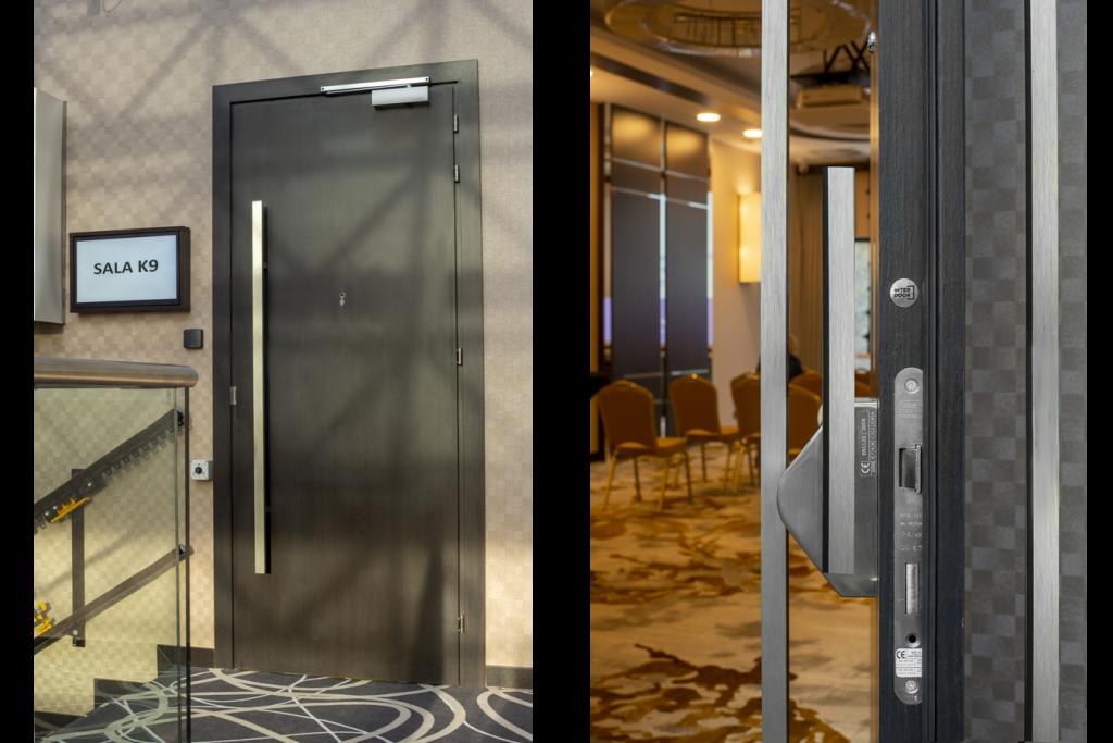 Hotel Primavera - drzwi do sali konferencyjnej