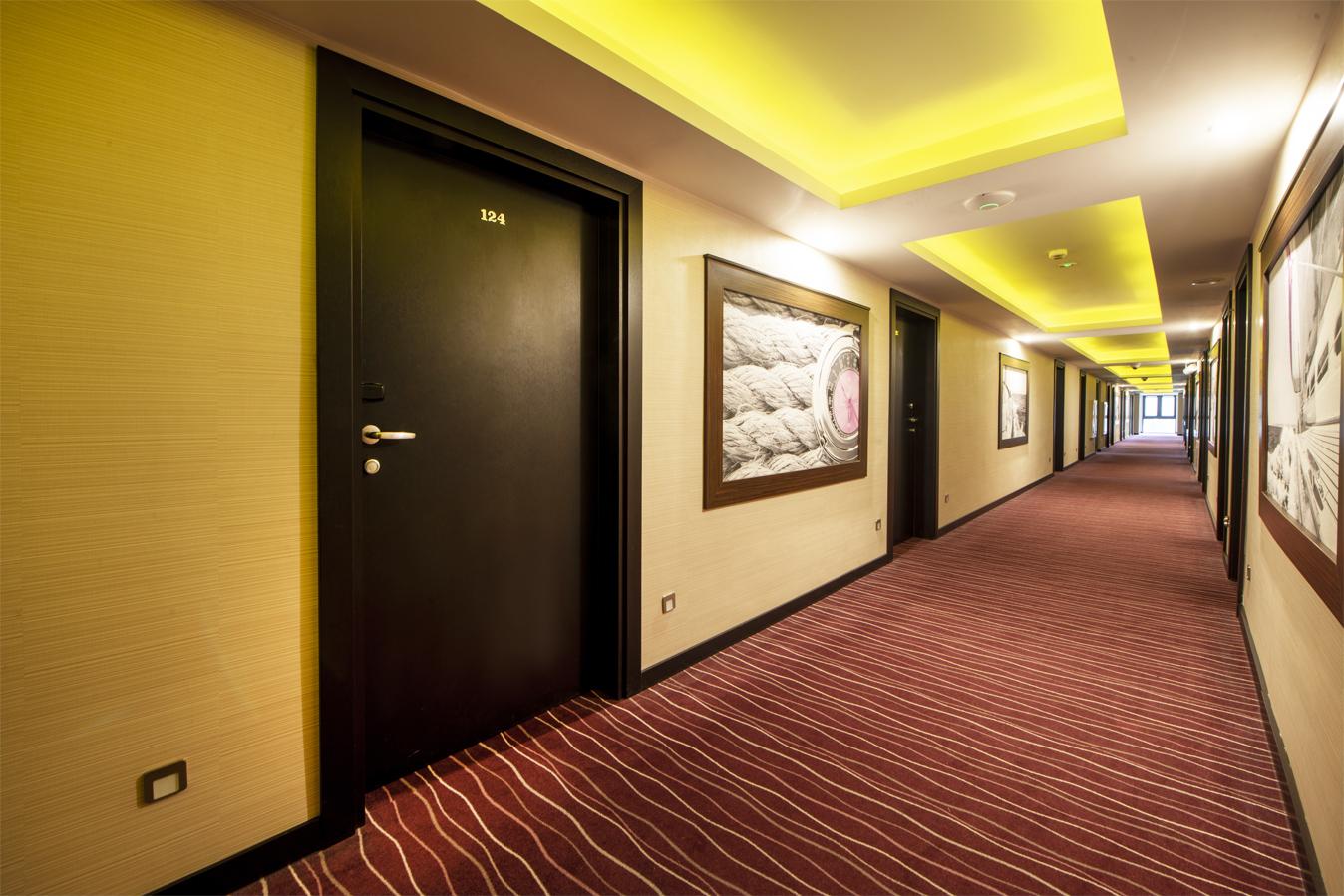 Hotel Primavera - drzwi INTER DOOR