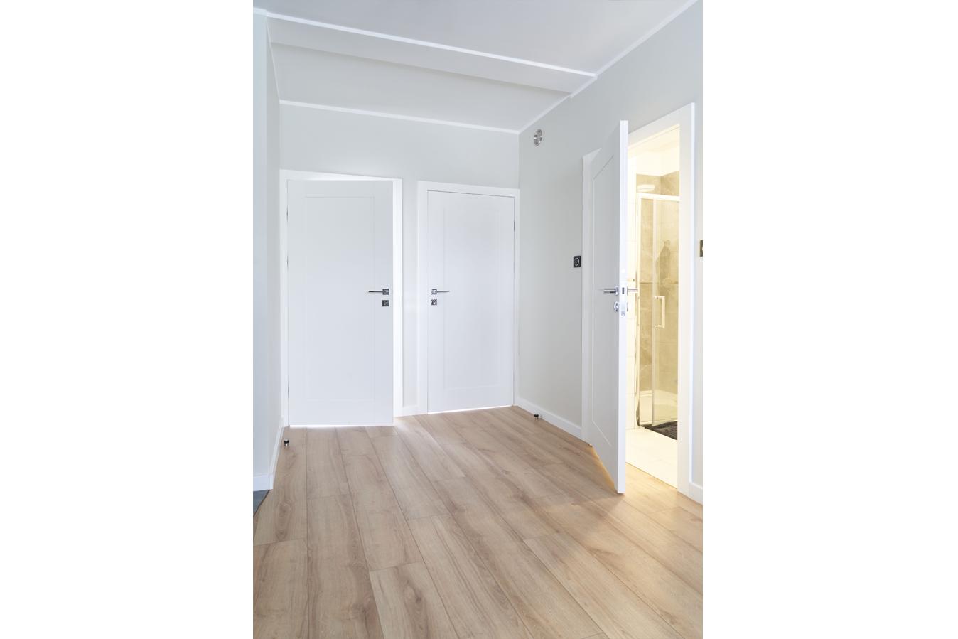 Mieszkanie w Gdyni_drzwi drewniane LOGGIA_3