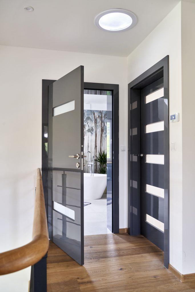 Drzwi drewniane BOLZANO do łazienki