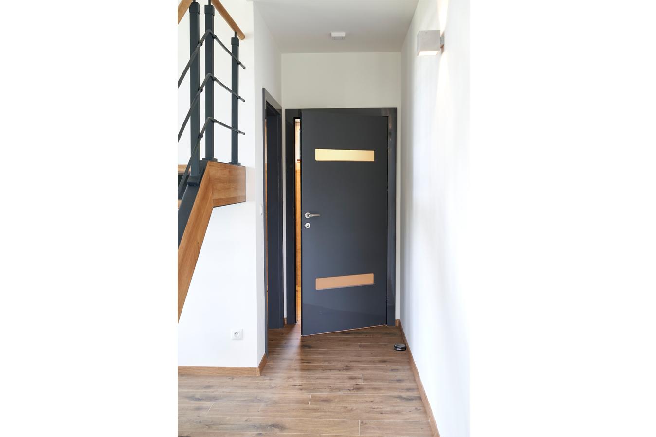drzwi wewnętrzne BOLZANO dark grey GLOSSA małe