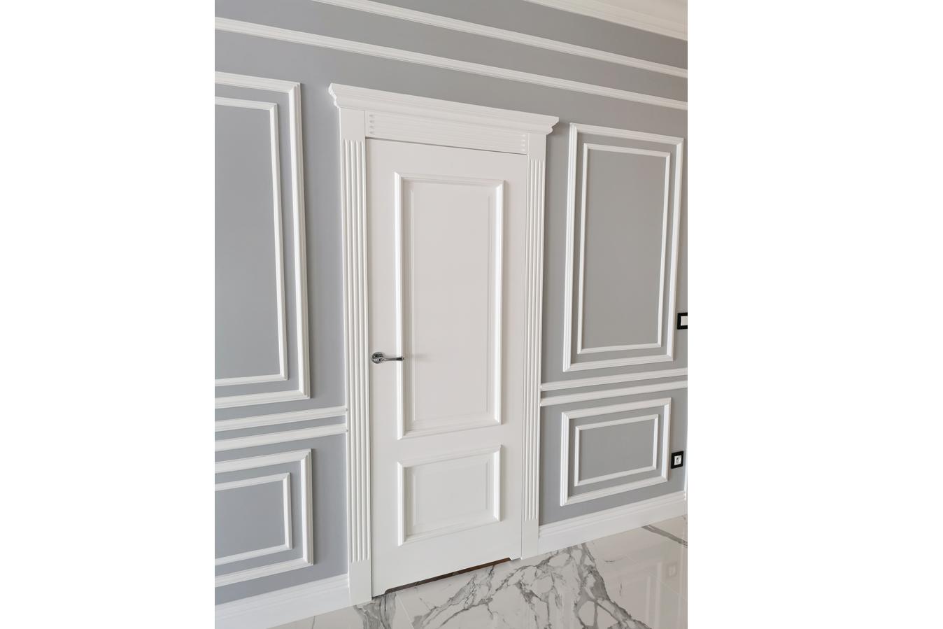 Białe klasyczne drzwi 1